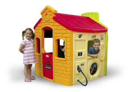 4 Walls of Fun Lifestyle Playhouse